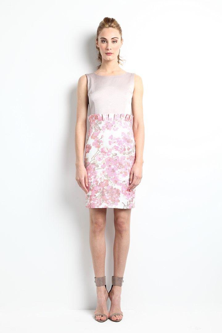 """Vestido con falda brocada de flores y largo midi. Modelo Athena - """"Moments"""" P/V 2014. Apparentia Collection."""