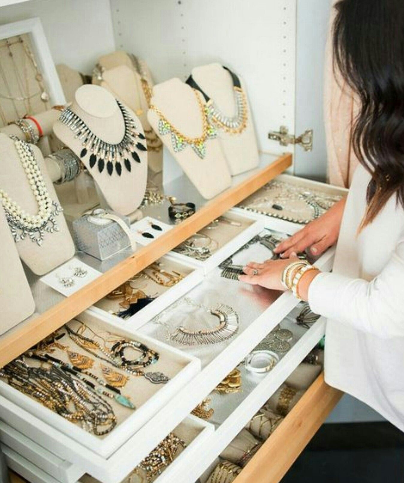 A Girl Can Dream The Ultimate Jewellery Storage Jewellery
