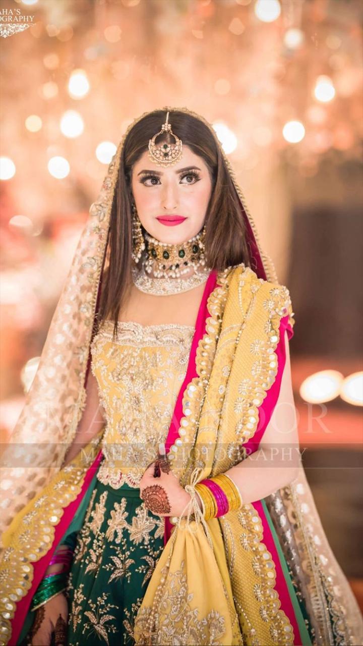 Yellow Green Mehndi Bridal Dress By Pakistani Designer Pakistani Bridal Dresses Pakistani Mehndi Dress Bridal Mehndi Dresses