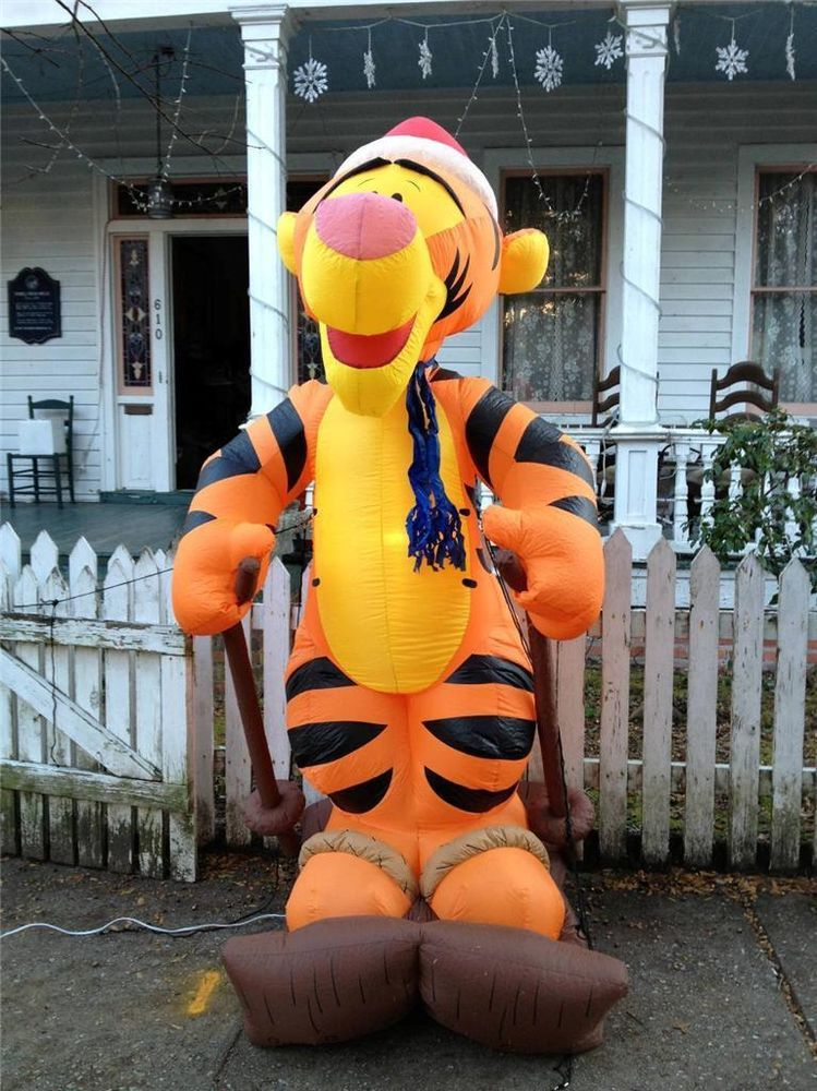 Gemmy Christmas Airblown Inflatable Disney Tigger On Skis