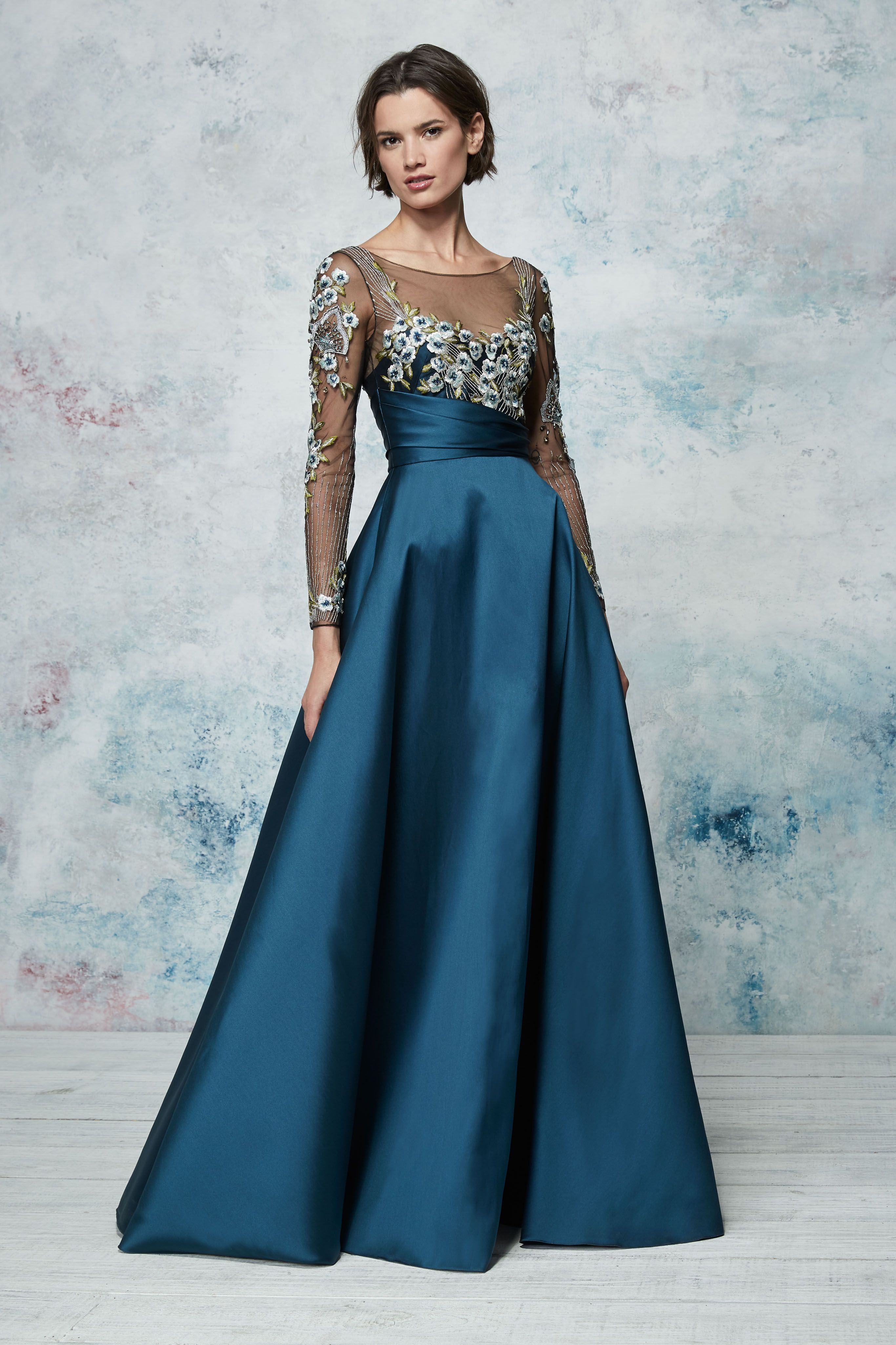 Marchesa notte green lace dress  Marchesa Notte Resort  Look   clothing  Pinterest  Marchesa