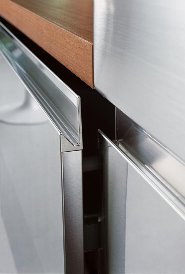 Arclinea S Signature Ergonomic Convivium Door In Stainless Steel