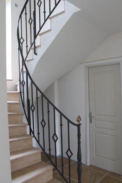 rampe escalier fer forg recherche google deco pinterest wrought iron iron and house. Black Bedroom Furniture Sets. Home Design Ideas