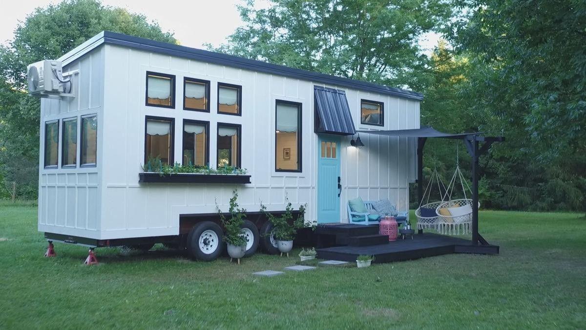 Pin By April Bethurem On Rv Ideas Tiny House Nation Buy