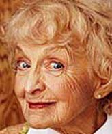 She Portrayed Feisty Old Laay Be Best Known As The Ring Grandmother In Wedding Singer