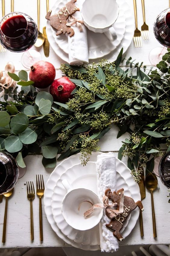 Christmas dinner table, Holiday dinner table, Christmas menu, Christmas dinner party, Dinner decoration, Christmas table - Are you thinking of doing something special this year for Christmas  Most of  -  #Christmasdinner #table