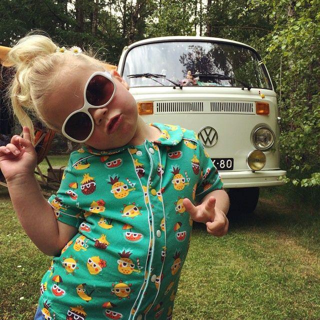 Sunny funny shirt for Lola! #sunnyfunnypineapple #designbybora #lillestoff #lillestoffsamstag