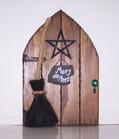 Fairy door the witches door faerie door fairy for The faerie door