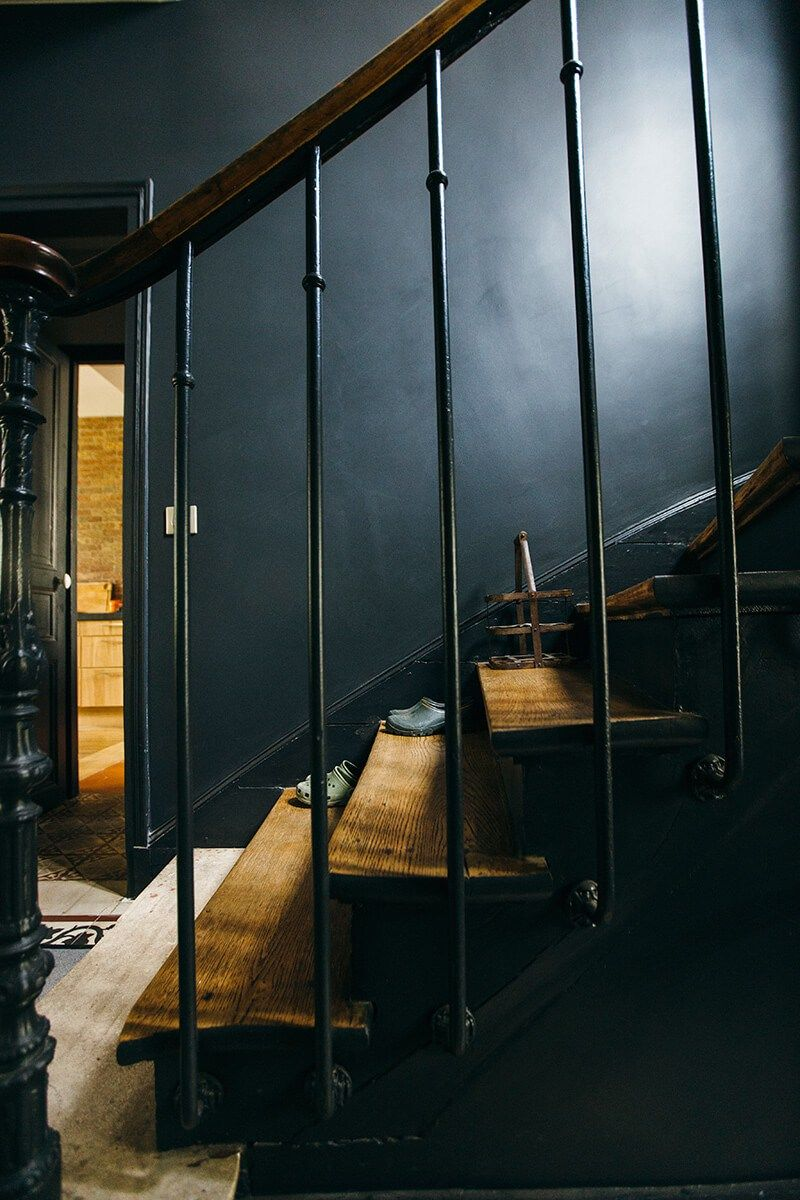 nuances de bleu style industriel interiors staircases. Black Bedroom Furniture Sets. Home Design Ideas