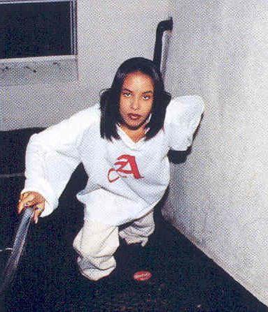 Aaliyah On Her 16th Birthday Aaliyah Aaliyah Style Hip Hop