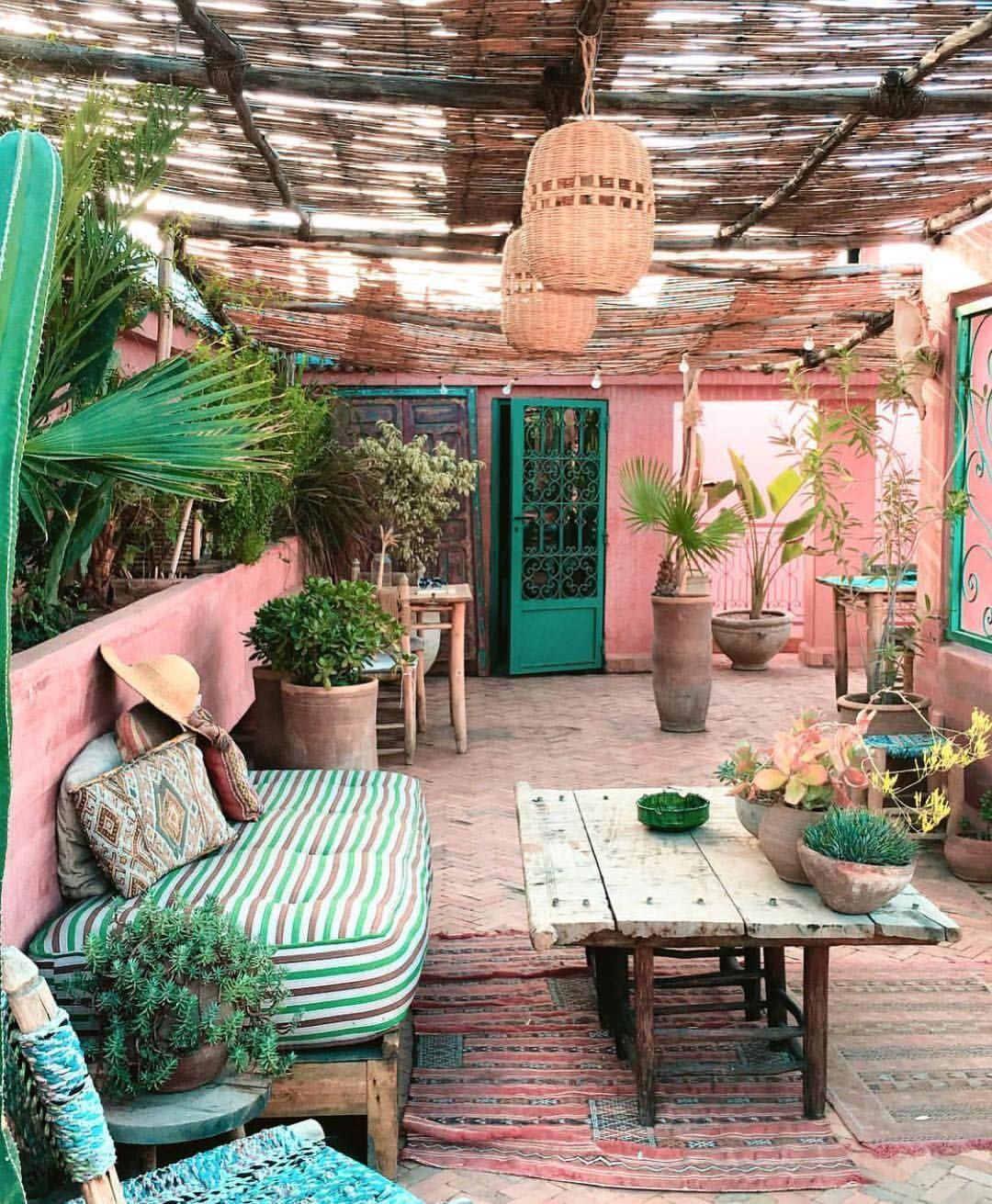 place I wouldn\'t mind spending my Sunday right now. You? Riad Jardin ...