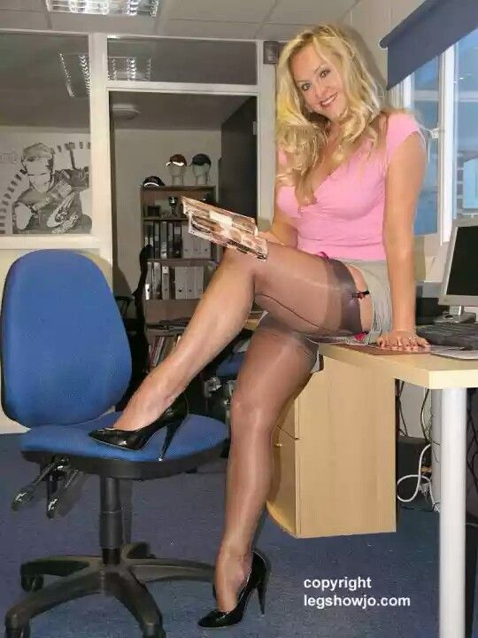 Granny shows on yahoo - 1 part 5
