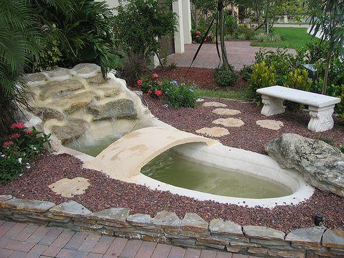 Cascadas y fuentes para jardin foro de infojard n florlore pinterest la web backyard - Fuentes para patios ...