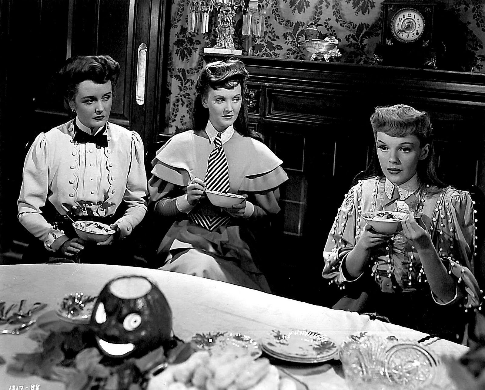 Meet Me In St. Louis (1944) Musical movies, Old movies