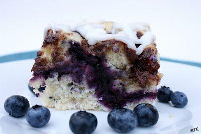 Melissa's Cuisine: Blueberry Cinnamon Roll Cake