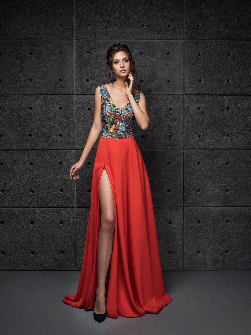 Červené šaty na stužkovú s rozparkom  4e61332ad7a