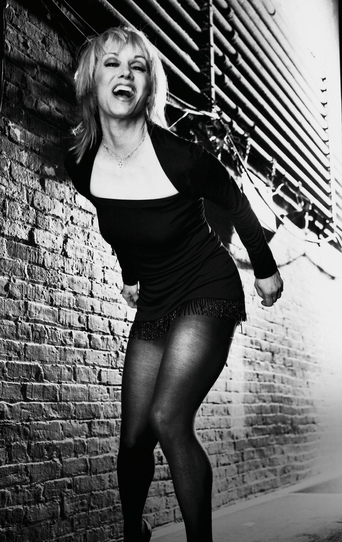 Sandy Duncan as Roxie Hart (1999)