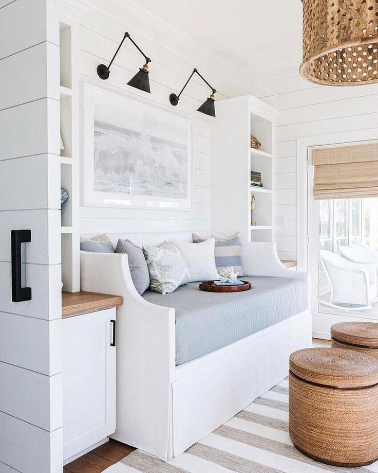 46 Lovely Cute Coastal Living Room Decorating Ideas Living