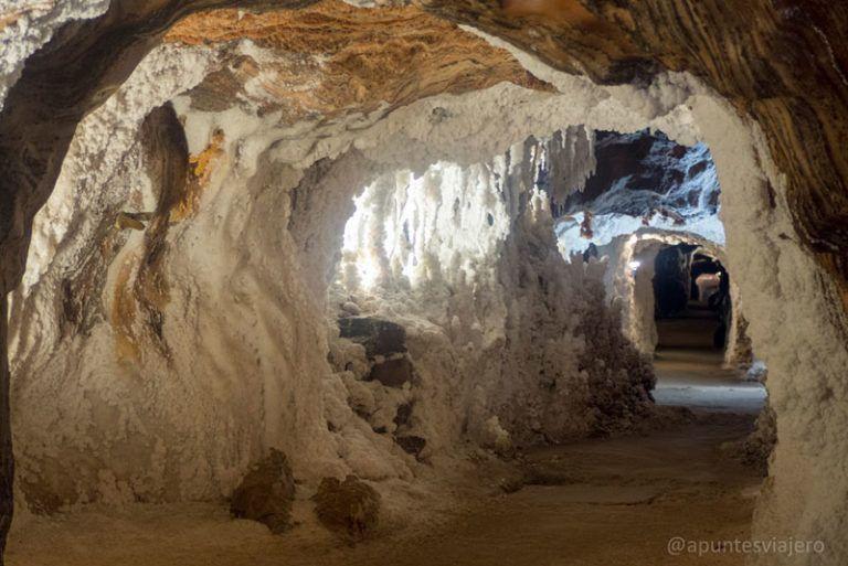 Visitar Las Minas De Sal De Cardona Los Apuntes Del Viajero Paisaje De Rocas Viajes En Mexico Lugares De España
