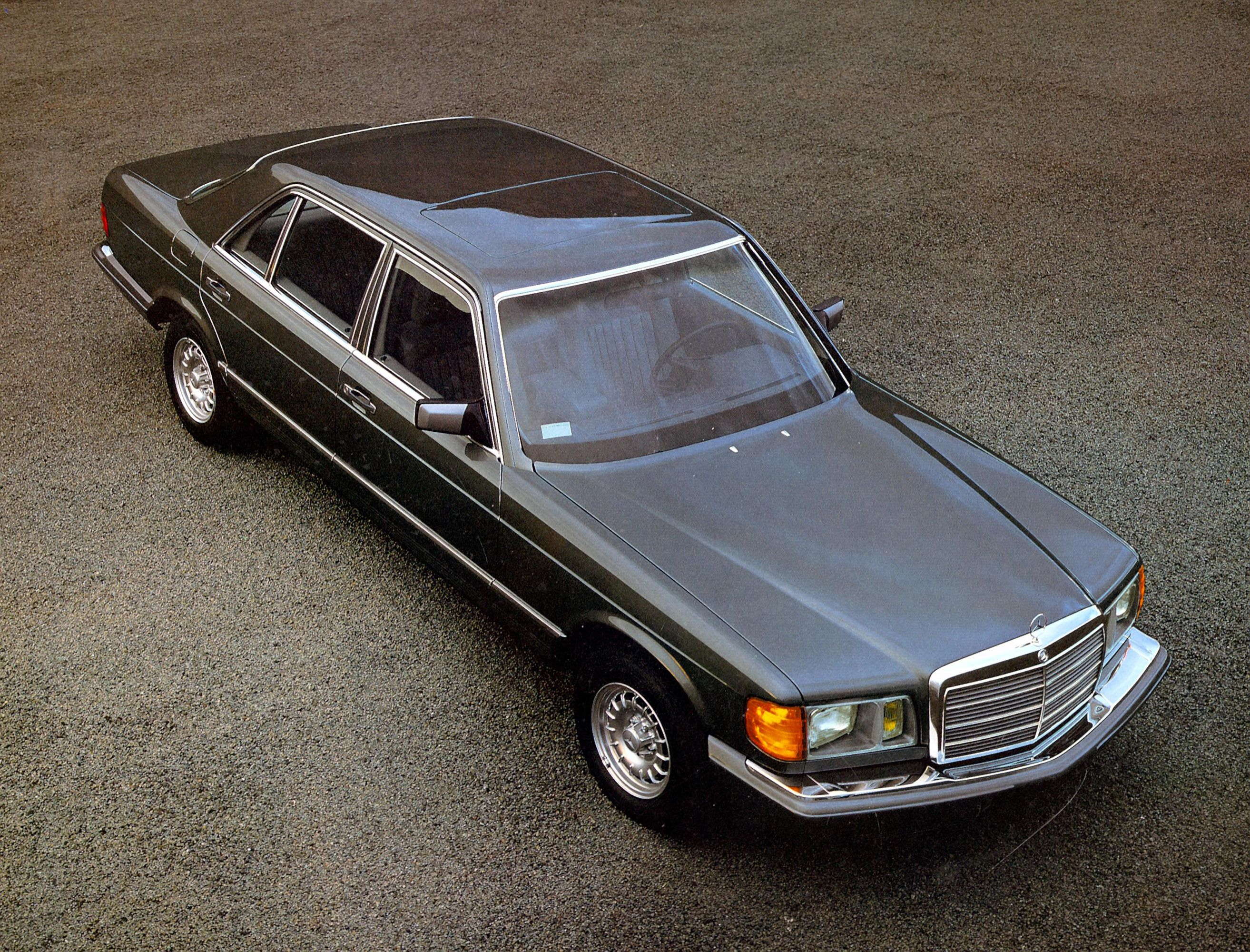 How many amg 6 0 4v w126 sec and sel cars were built amg side shot - 1979 Mercedes Benz S Class W126 04 Jpg 2 627