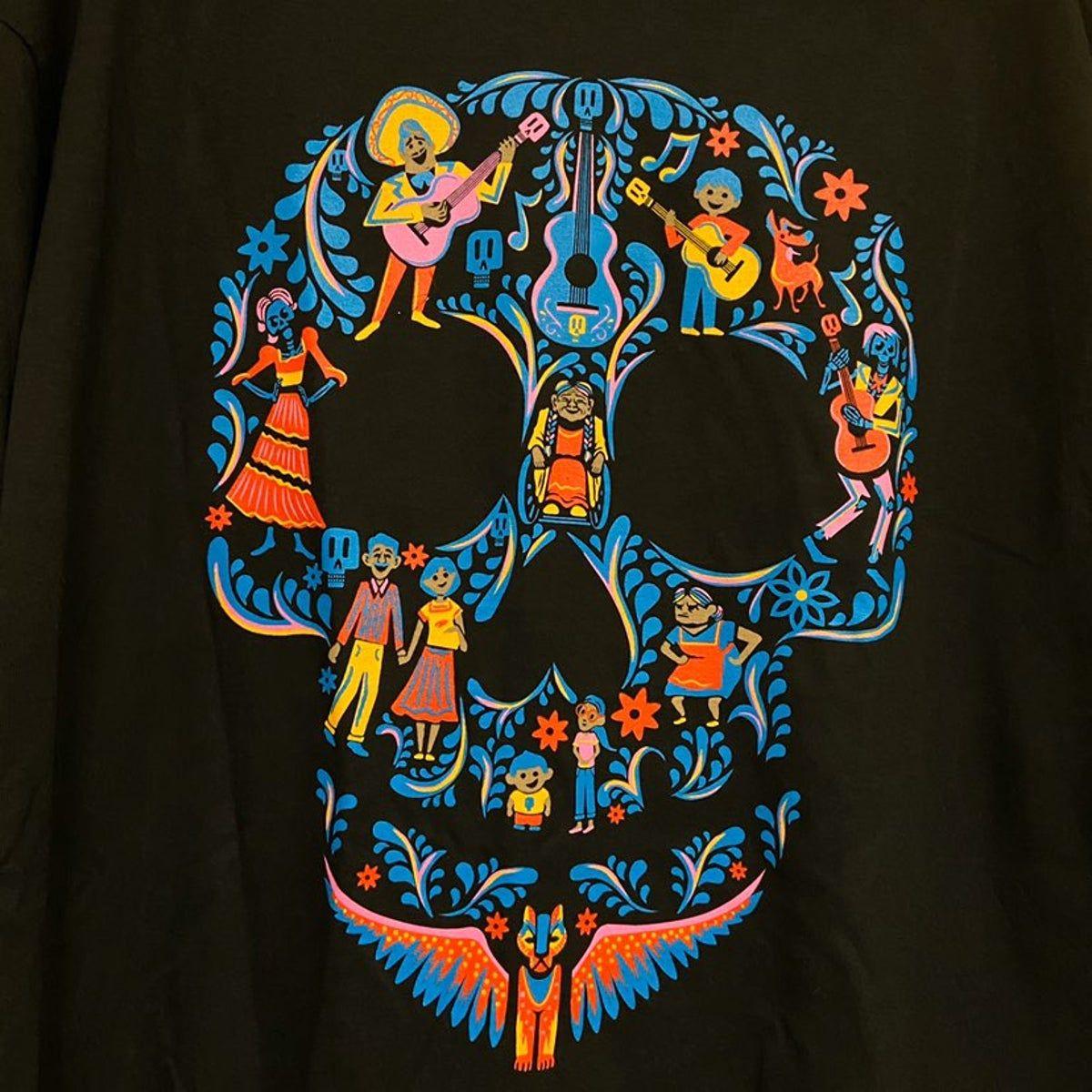 Disney Coco Day of the dead Graphic Tee in 5  Skull art, Sugar