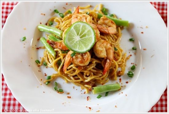 Tangy Chili & Garlic Tiger Prawns Noodle