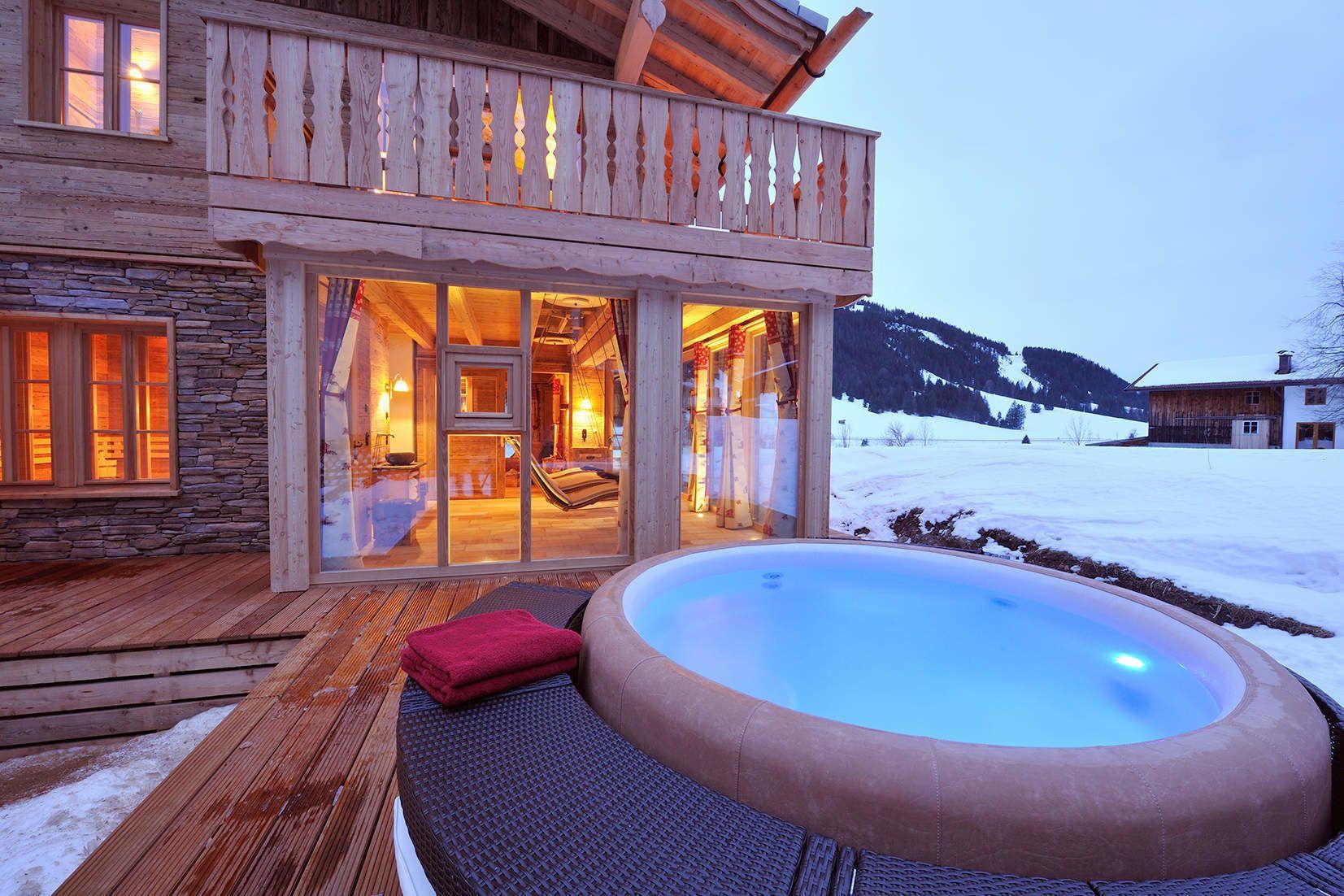 wohlf hl chalet chalet grand fl h tannheimer tal luxus chalets tirol ferienh user allg u. Black Bedroom Furniture Sets. Home Design Ideas