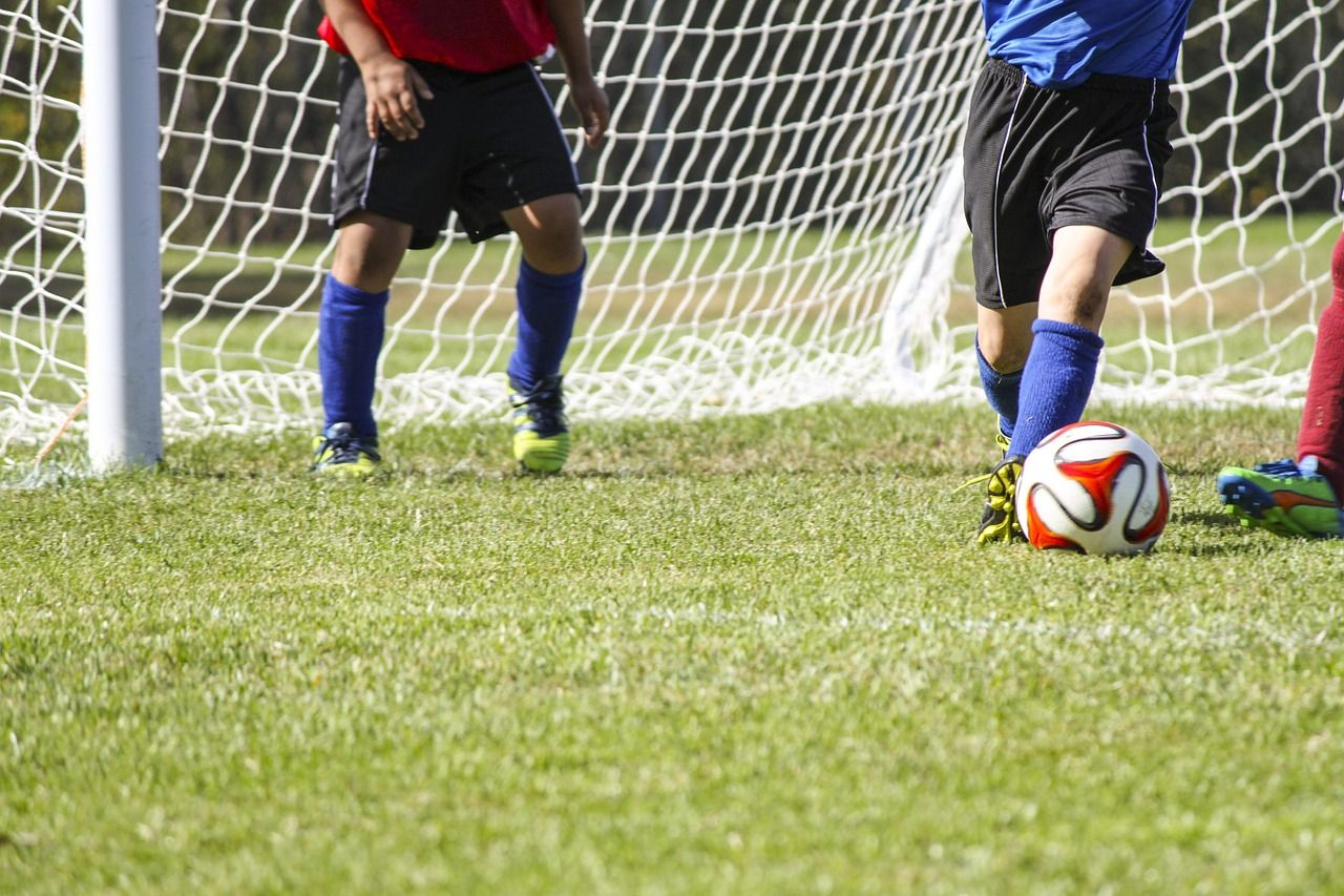The 3 Optimal Years To Begin Soccer Skills Training Sports Soccer Soccer Skills