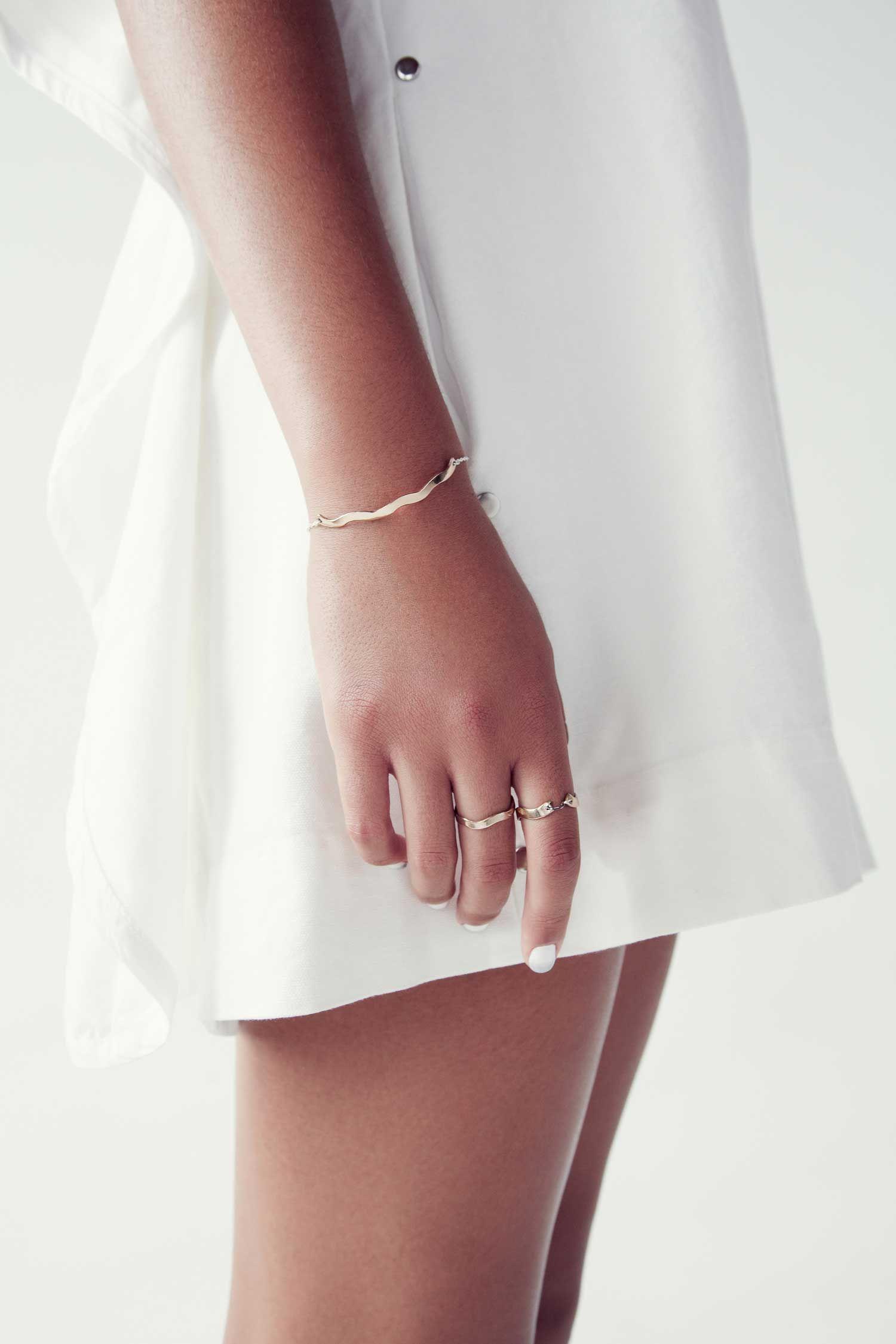 Upper Metal Class · Miss Moss | Womens fashion jewelry, Womens fashion  accessories, Elegant jewelry
