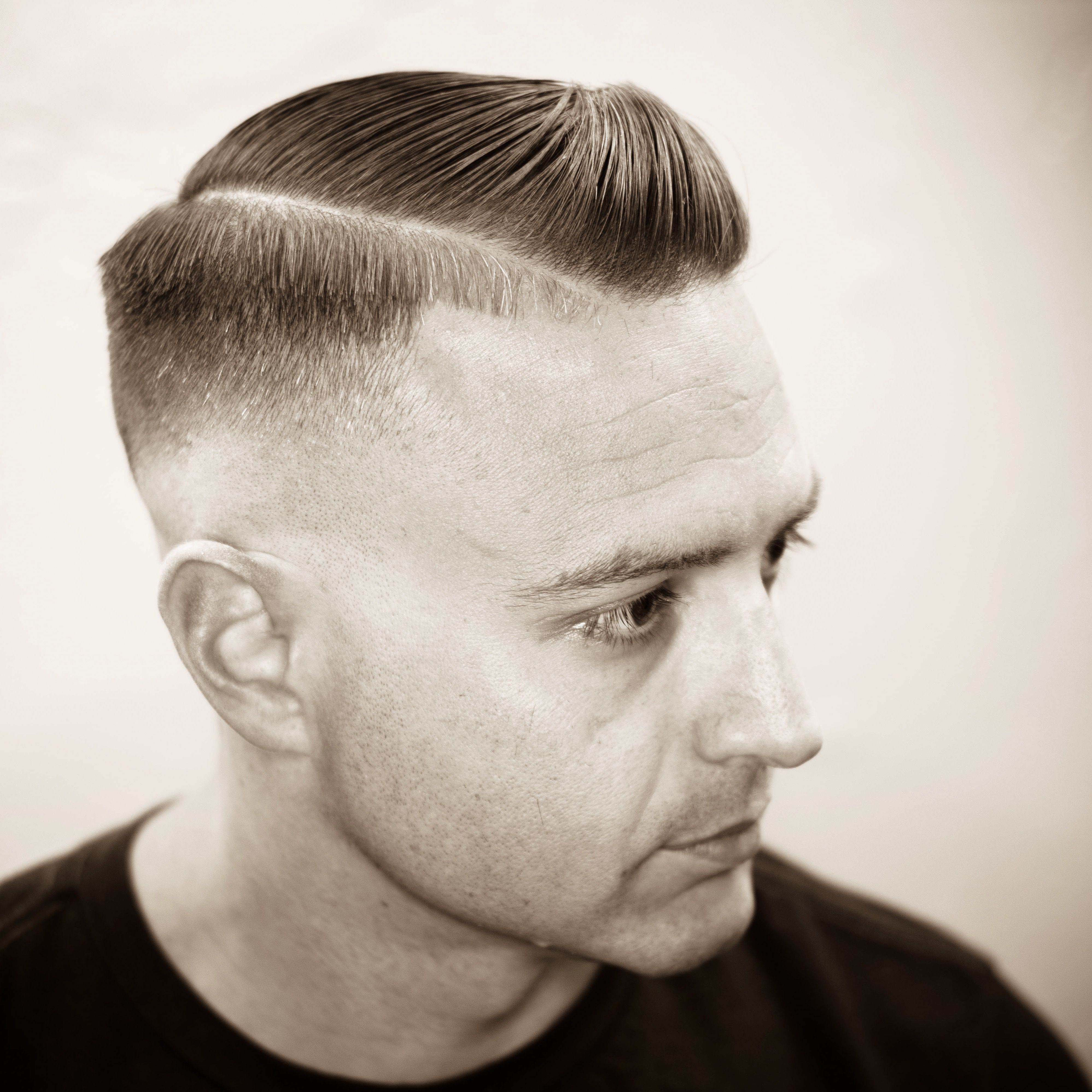 Razor fade executive contour with hard part.   My barbering in 2019 ...