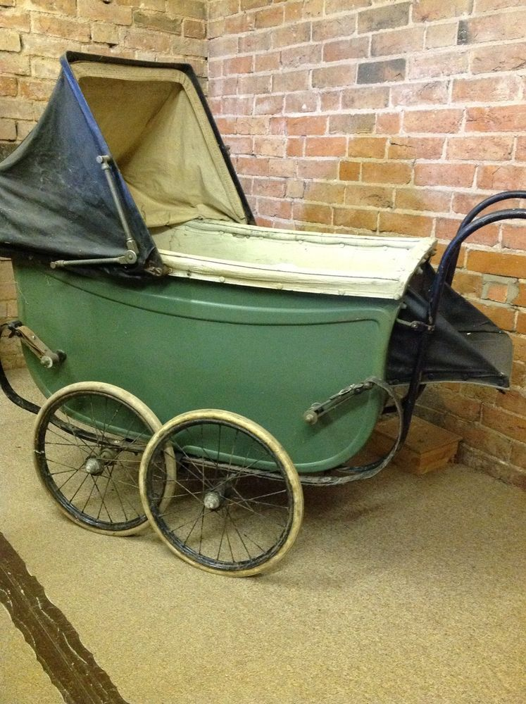 Antique 1920s Green Hitchings large baby pram Baby prams