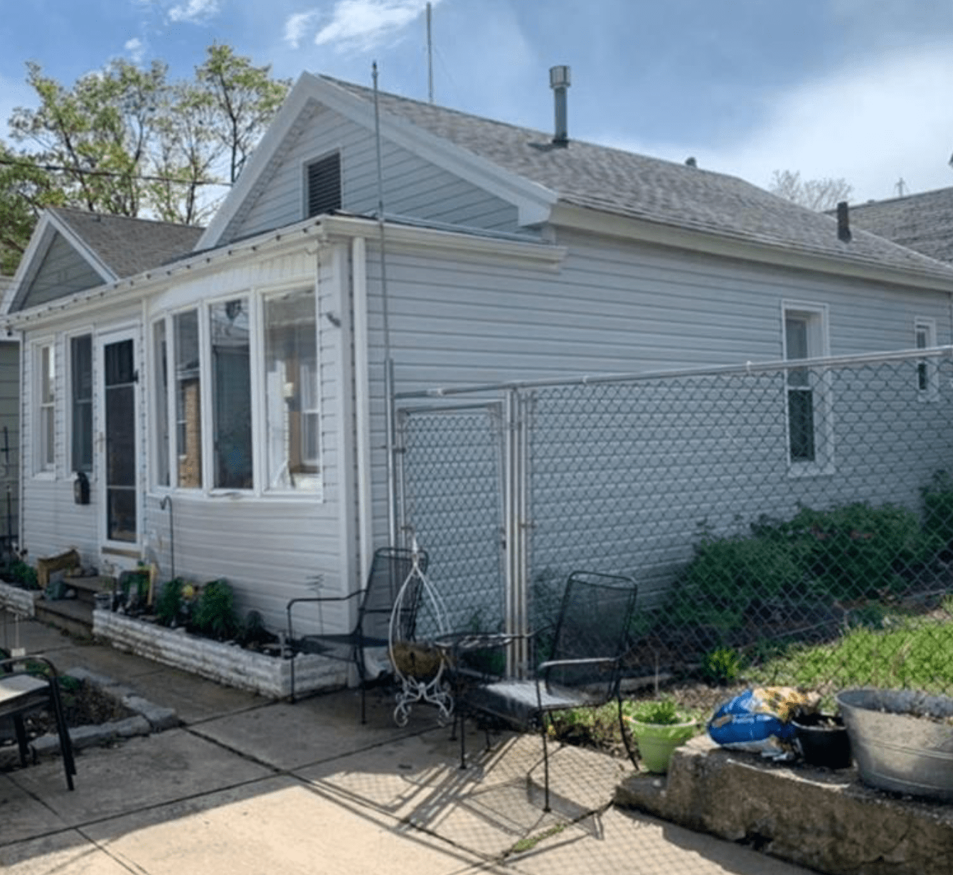 C.1925 Fully Renovated Sheepshead Bay Cottage For Sale in