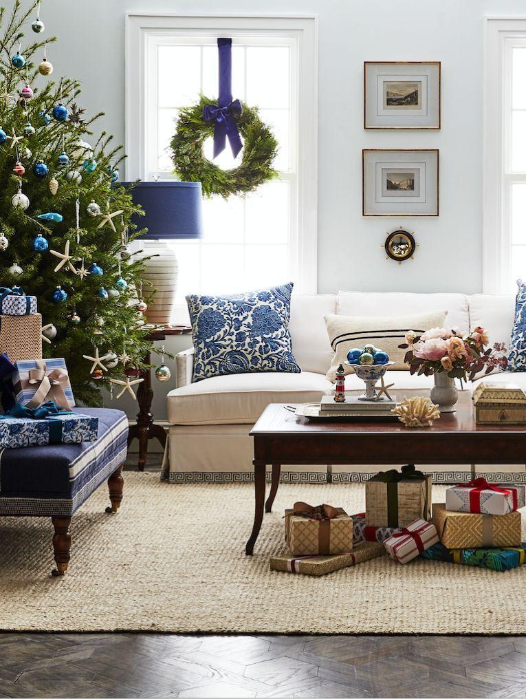 The dreamiest coastal Christmas living room decor! Cozy