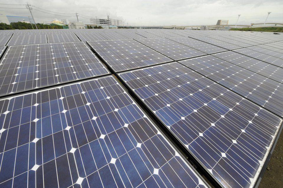 Army Scientists Build Smaller Tougher Cheaper Solar Cells Solar Panels Solar Energy Panels Best Solar Panels
