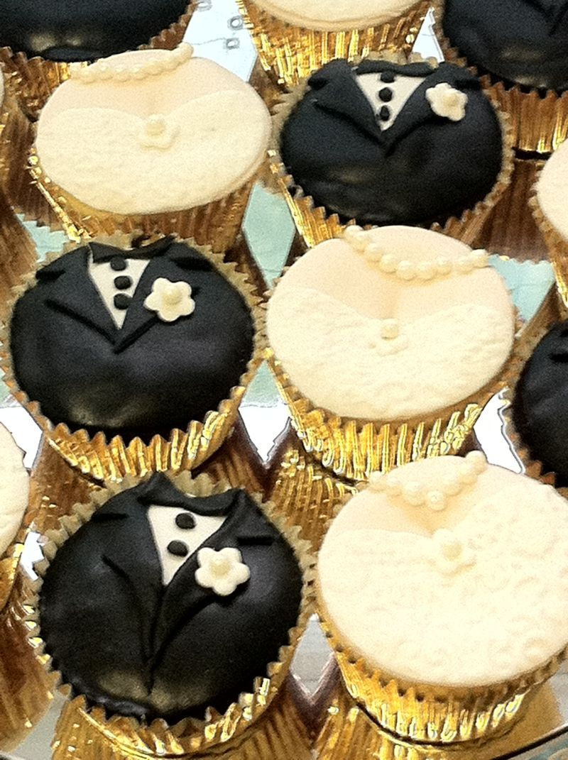 Great idea for a wedding display or kitchen tea | Cupcake Country ...