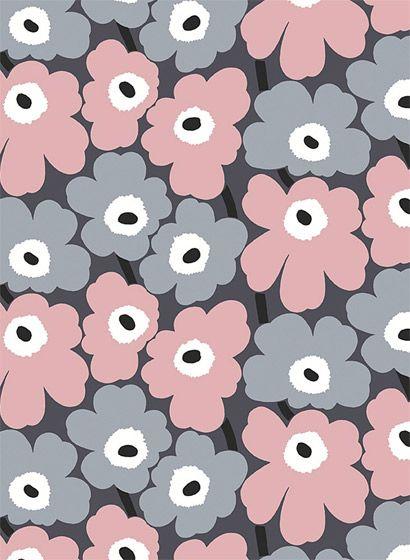 blumen in grau und pink skandinavisch tapete marimekko. Black Bedroom Furniture Sets. Home Design Ideas