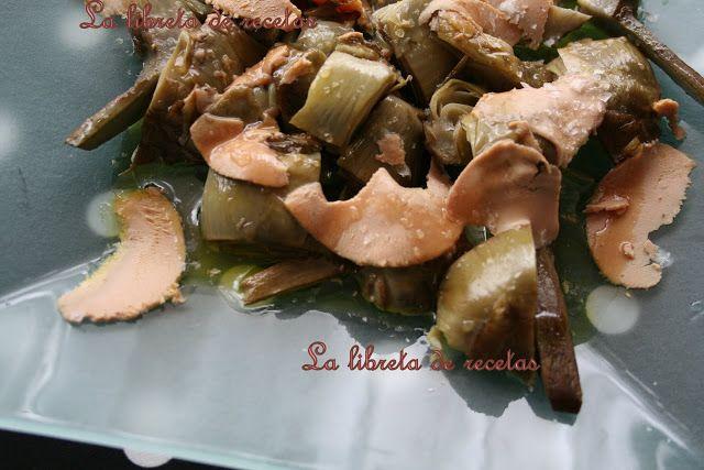 ALCACHOFAS CONFITADAS CON FOIE (Y REDUCCIÓN DE MISTELA)