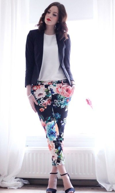 Wellus Collection Wellus Floral Pants Outfit Fashion Flower Pants Outfit