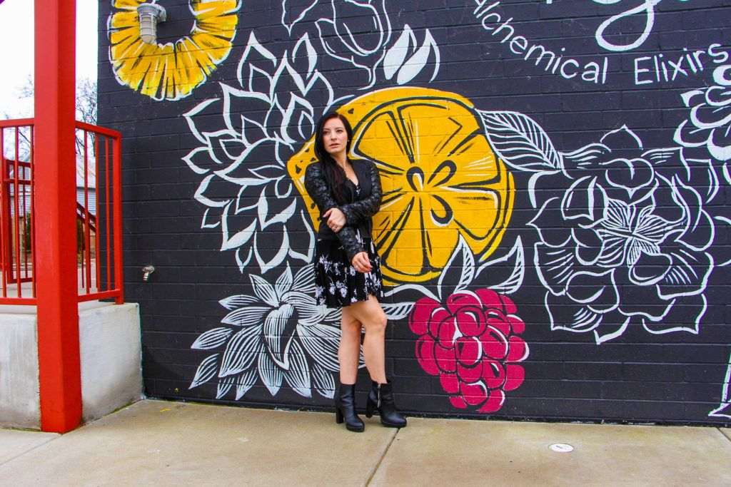 Nashville Wall Murals With Map Updated Regularly Stevie Jewel Nashville Murals Mural Mural Guide