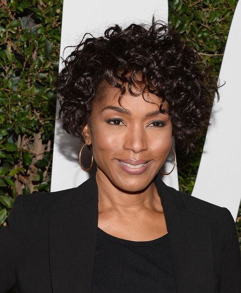 Angela Bassett Short Curls | Short curls, Short hairstyle and ...
