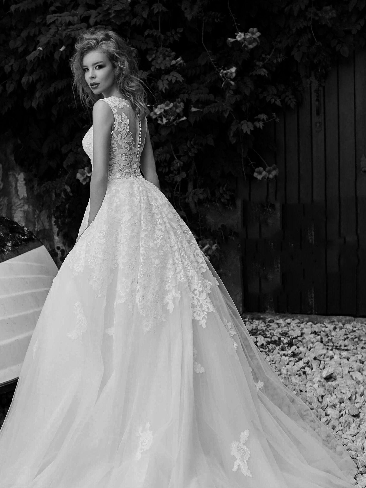 ef4cf2e5ff6c Collection 2018 wedding dresses. www.istoriesgamou.gr Νυφικα 2018 ...