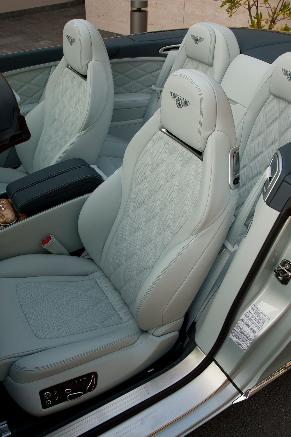 Bentley White Interior Seats