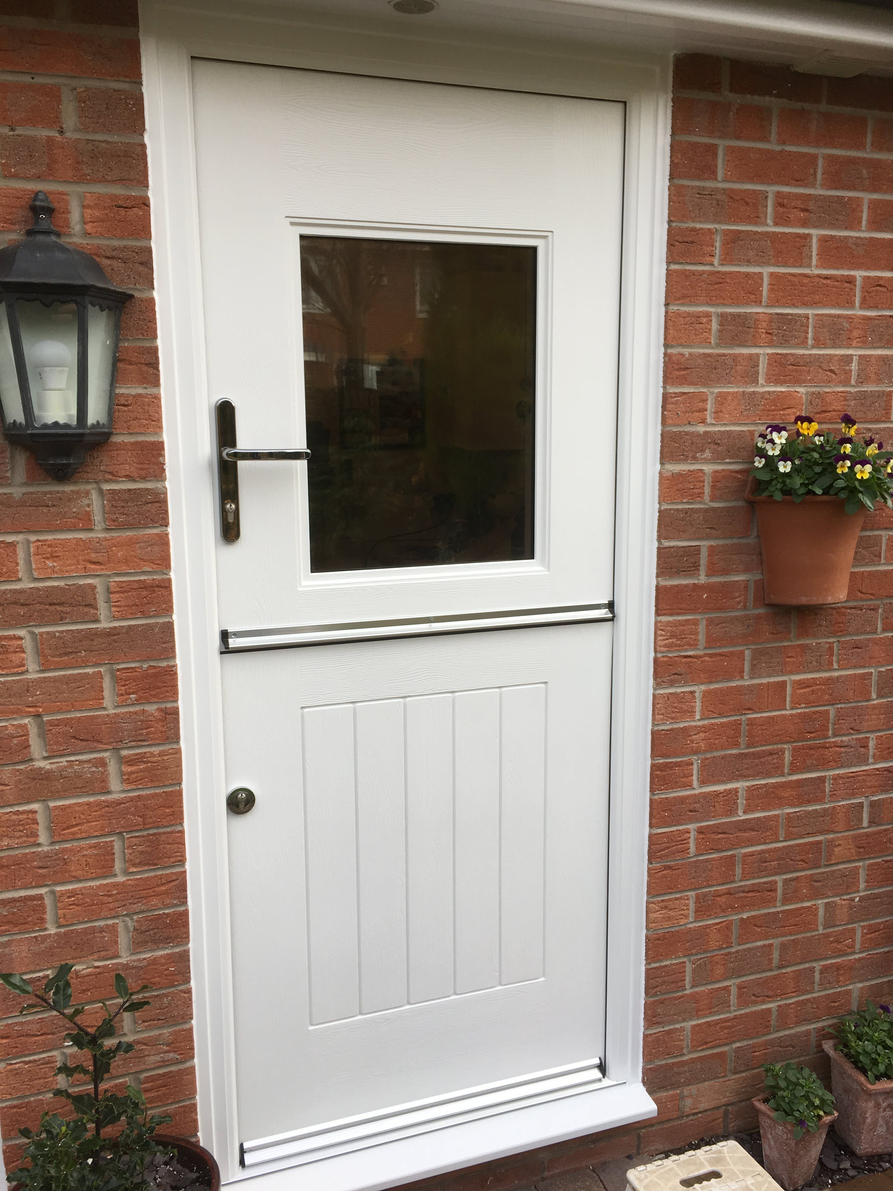 Rockdoor Stable View Light fitted in Heatherton Village