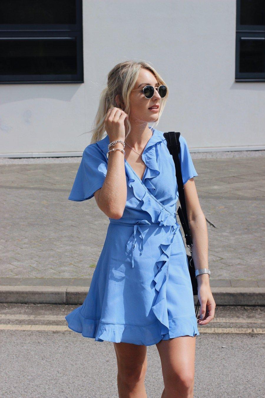 Style: street tea dresses