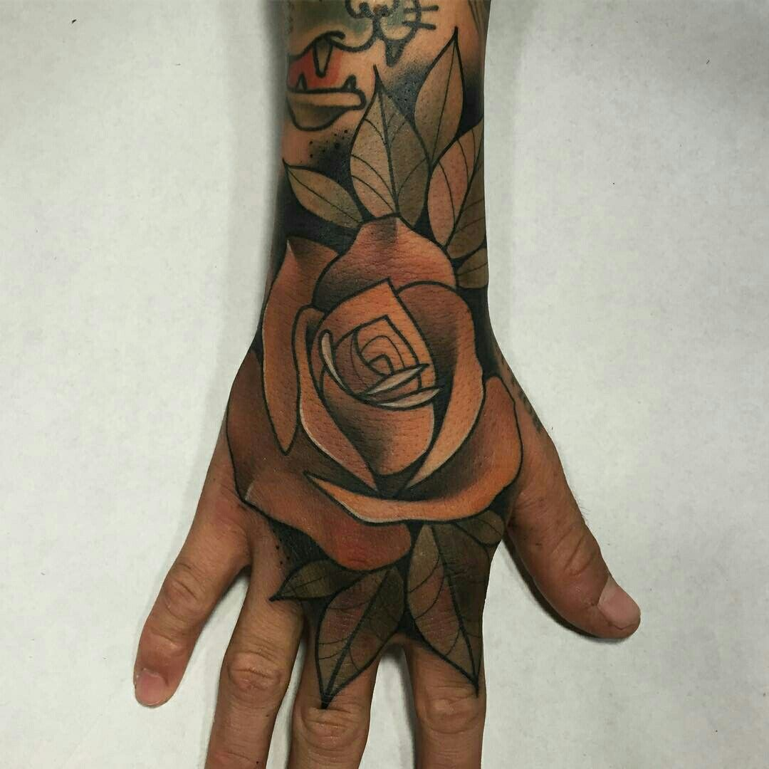 Pin Em Tatuajes Florales