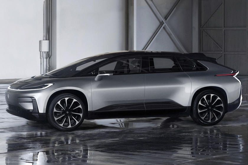 Faraday Future Ff91 Ev Has 3 Motors 1050 Horsepower With Dynamic Vehicle Control Claims 0 60 Mph In 2 39 Seconds Stuffed With Technolog Faraday Future Car