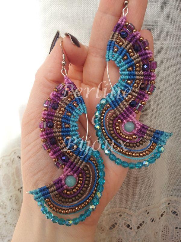 orecchini in macramè e perline