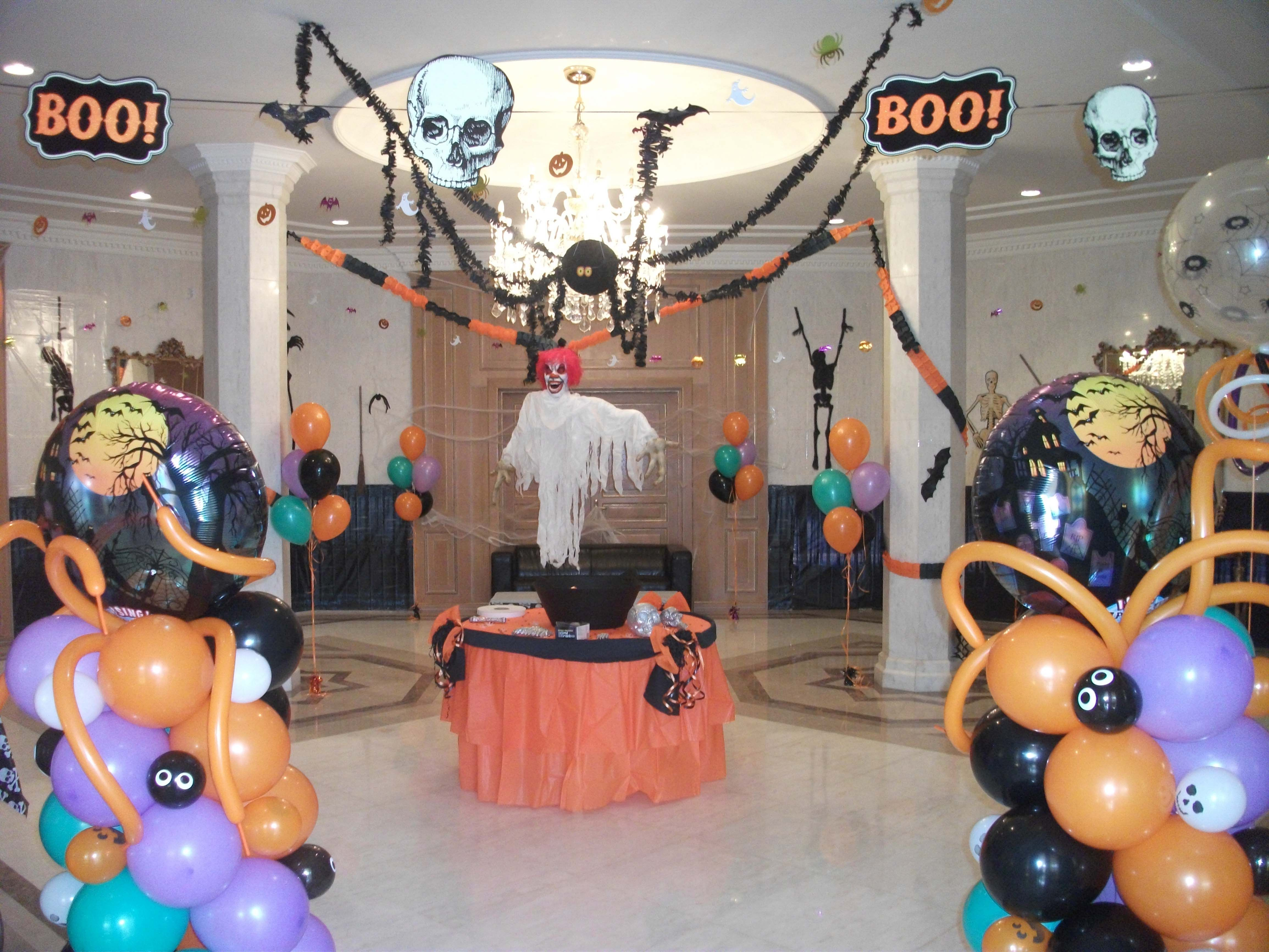 Scary Party Balloon Setup By Fantasyparty