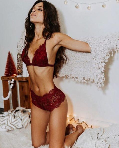 5535f5960d6 ANASTASIASOURIS @fleetingfoxfoto Lencería Sexy, Lenceria Intima, Moda Intima,  Vestidos De Baño,