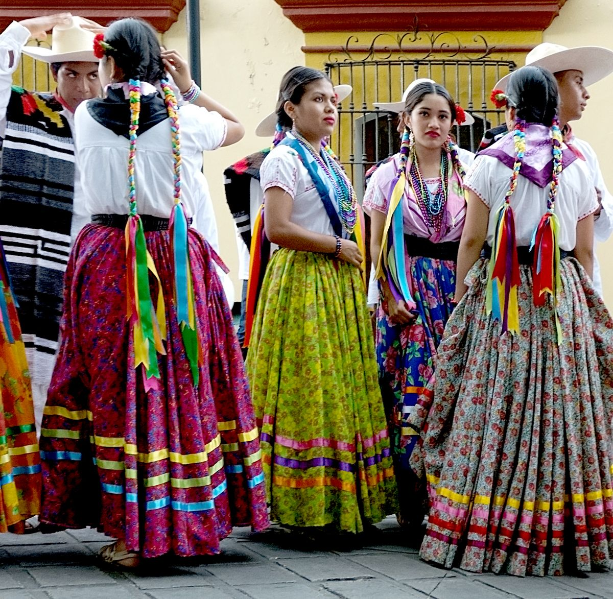 20 July-6 Aug 2013. This is the fourth and final post about the Guelaguetza Festival. We were in Oaxaca for nearly three weeks. The first ten days we were immersed in the dancing and music of Guela...